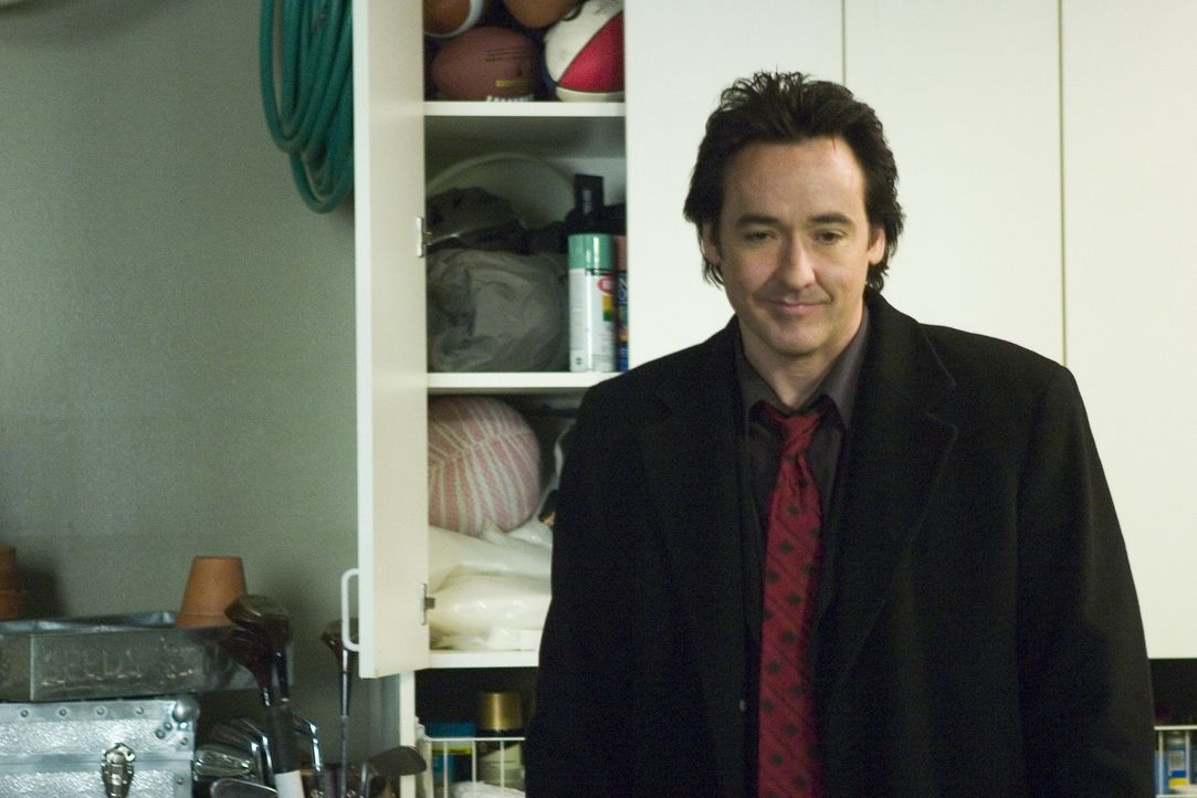 Zwei Millionen Dollar im Gepäck. Doch für eine Flucht sind die Straßen zu glatt und Charlies (John Cusack) Chef, der Mafiaboss Bill Guerrard, sch... - Bildquelle: 2005 Focus Features LLC. All Rights Reserved.