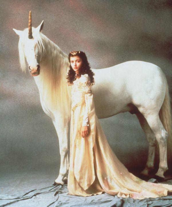 Das letzte Einhorn steht unter dem Schutz der hübschen Prinzessin Lili (Mia Sara) ... - Bildquelle: Universal Pictures