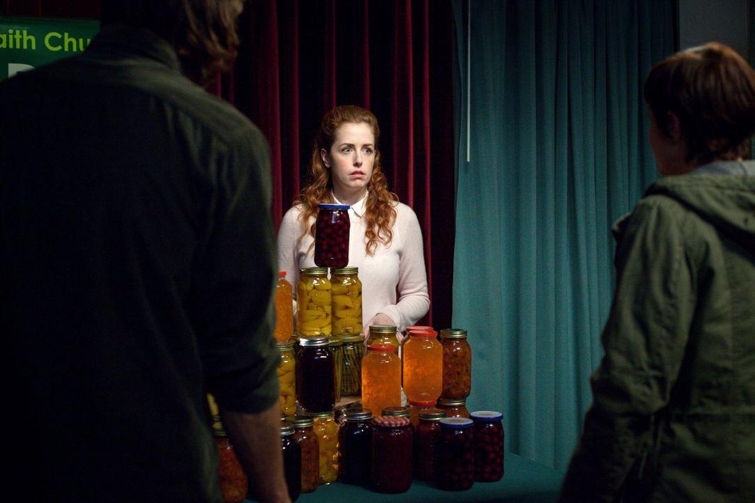 Hat Tammy (Amanda Lisman) etwas mit dem Verschwinden von vier Menschen in einer Kleinstadt zu tun? - Bildquelle: 2013 Warner Brothers