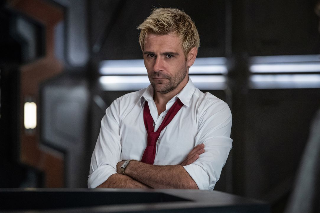 Constantine (Matt Ryan) - Bildquelle: Jack Rowand 2018 The CW Network, LLC. All rights reserved. / Jack Rowand