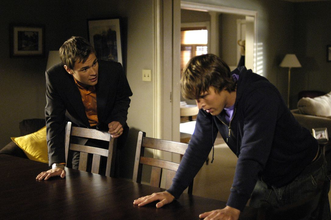 """Shawn (Patrick Flueger, l.) bietet Kyle (Chad Faust, r.) Zuflucht im """"4400 Center"""" an. Doch wird er sie annehmen? - Bildquelle: Viacom Productions Inc."""