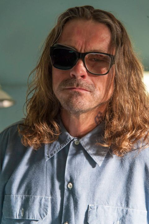 Bekommt überraschenden Besuch: Otto (Kurt Sutter) ... - Bildquelle: 2012 Twentieth Century Fox Film Corporation and Bluebush Productions, LLC. All rights reserved.