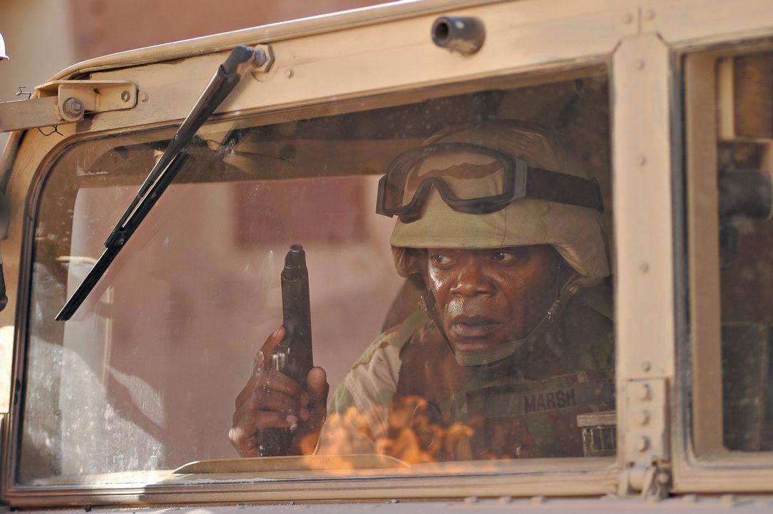 In einem Ort in der Nähe von Bagdad sollen US-Soldaten (Samuel L. Jackson) Medikamente verteilen. Doch sie geraten in einen Hinterhalt: Viele Solda... - Bildquelle: Nu Image