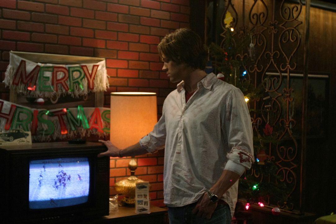 An Weihnachten untersuchen Sam (Jared Padalecki) und Dean eine Reihe von Morden, bei denen die Opfer durch den Kamin entführt wurden .... - Bildquelle: Warner Bros. Television