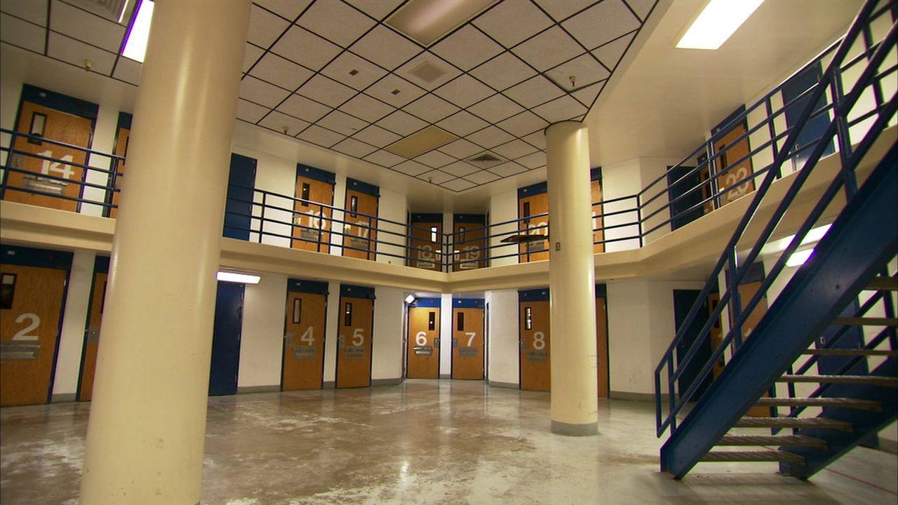 """Viele Kleinkriminelle, aber auch Schwerverbrecher verbüßen ihre Haft im Clark County Detention Center - ganz getreu dem Motto: """"Wer in Vegas straffä... - Bildquelle: James Peterson National Geographic Channels/ Part2 Pictures"""