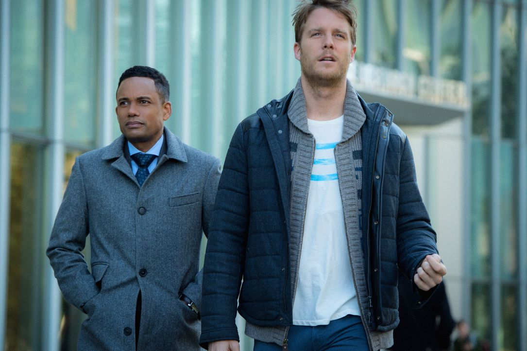 Ein alter Kumpel von Boyle wird beschuldigt, seine Frau ermordet zu haben. Boyle (Hill Harper, l.) und Brian (Jake McDorman, r.) versuchen herauszuf... - Bildquelle: David Giesbrecht 2015 CBS Broadcasting, Inc. All Rights Reserved