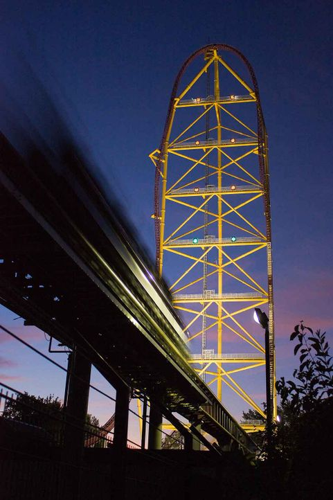 Top-Thrill-Dragster-3