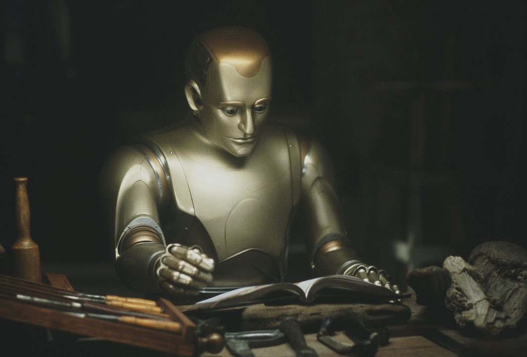 Schon bald wird den Mitgliedern der Familie klar, dass ihr Hausdiener Andrew (Robin Williams) kein gewöhnlicher Roboter ist. Denn Andrew empfindet E... - Bildquelle: Columbia TriStar Film GmbH