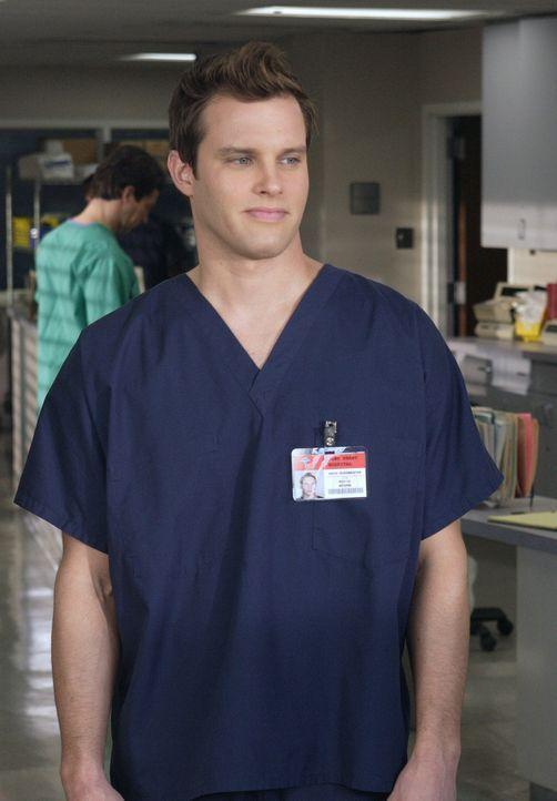 J.D. ist zunehmend genervt von seinem Assistenten Keith (Travis Schuldt), der ein wahrer Muster-Mediziner ist und zudem auch noch ein Verhältnis mit... - Bildquelle: Touchstone Television