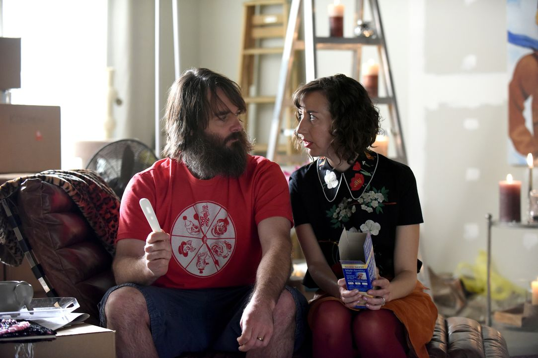 "Carol (Kristen Schaal, r.) will es erneut versuchen, mit Tandy (Will Forte, l.) das Projekt ""Wiederbesiedlung"" voranzubringen ... - Bildquelle: 2015-2016 Fox and its related entities.  All rights reserved."