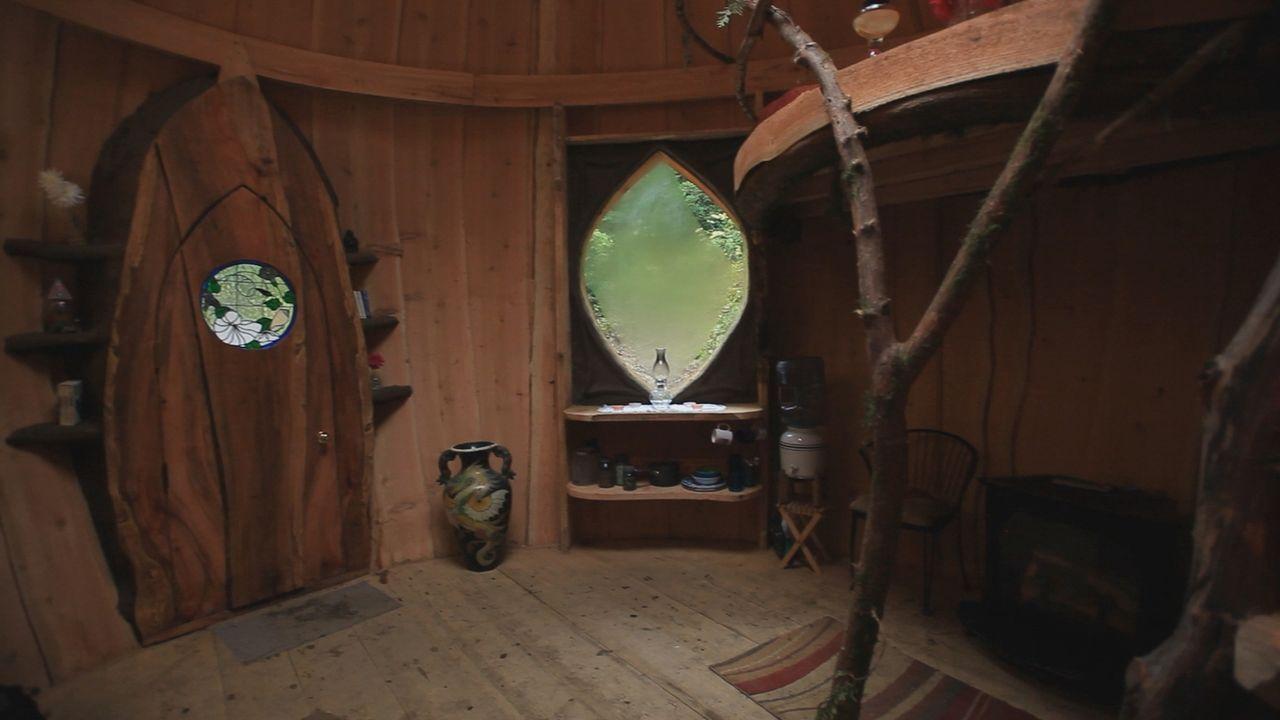 Ein rundes Lehmhaus ist entstanden ... - Bildquelle: 2015,DIY Network/Scripps Networks, LLC. All Rights Reserved