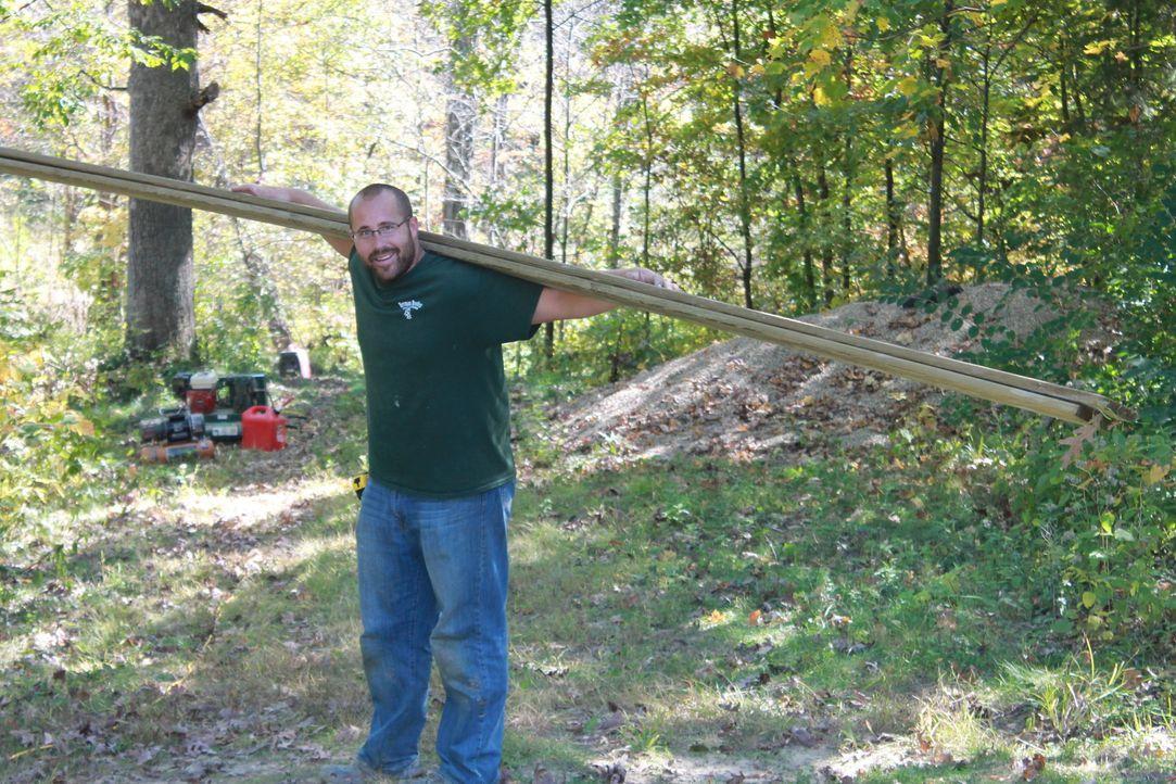 Nate Herman liebt seinen Job. Auch das aktuelle Projekt eine Festung für die Kinder der Familie Gorell zu errichten, bereitet ihm jede Menge Freude... - Bildquelle: 2015, DIY Network/Scripps Networks, LLC. All RIghts Reserved.