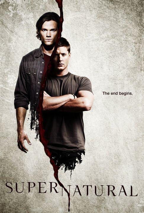 (6. Staffel) - Die beiden Brüder Sam (Jared Padalecki, l.) und Dean Winchester (Jensen Ackles, r.) machen sich auf den Weg, Geister und Monster aufs... - Bildquelle: Warner Bros. Television