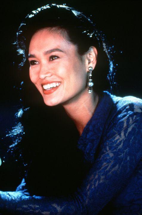 Die schöne Rocklady Cassandra (Tia Carrere) verdreht nicht nur Wayne den Kopf... - Bildquelle: Paramount Pictures