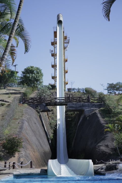 Heute dreht sich alles rund um die höchste und die schnellste Wasserrutsche der Welt: Kilimanjaro im Aldeia Das Aguas Park Resort in Rio de Janeiro,... - Bildquelle: 2016,The Travel Channel, L.L.C. All Rights Reserved.
