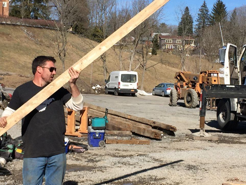 Mark Bowe (Foto) gründete seine Firma im Jahr 1995. Er und seine langjährige Crew haben mittlerweile mehr als 400 Scheunen und Hütten renoviert. - Bildquelle: 2015, DIY Network/Scripps Networks, LLC. All Rights Reserved.