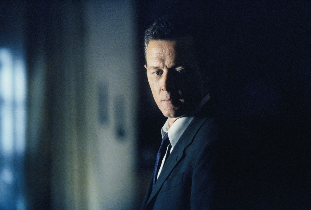 Doggett (Robert Patrick) ist gegen jegliche parapsychologische Anwandlungen gefeit. So gelingt es ihm, einem Jungen mit monströser Vorsehungskraft z... - Bildquelle: TM +   Twentieth Century Fox Film Corporation. All Rights Reserved.