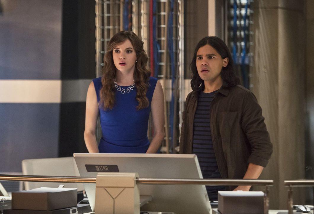 Als Zoom ihnen bei Starlabs einen Besuch abstattet, müssen Caitlin (Danielle Panabaker, l.) und Cisco (Carlos Valdes, r.) einen Weg finden, um The F... - Bildquelle: 2015 Warner Brothers.