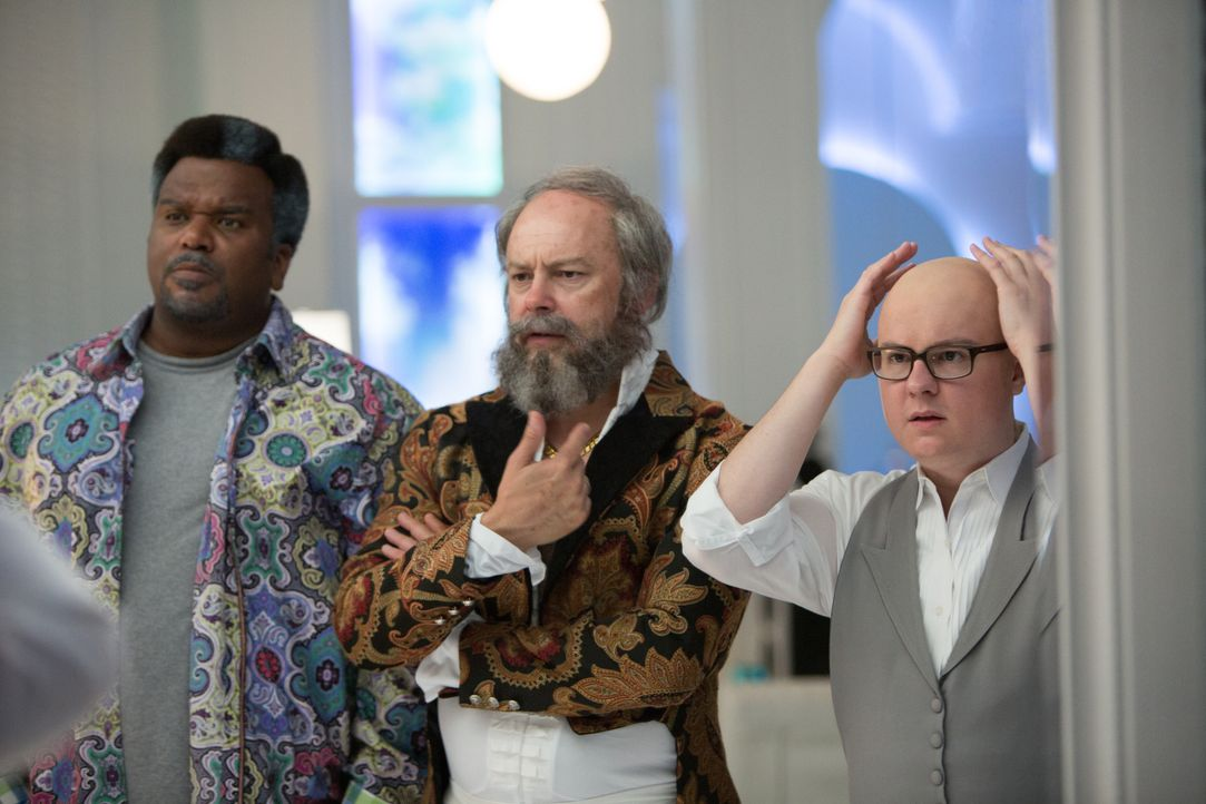 Als Lou (Rob Corddry, M.), Nick (Craig Robinson, l.) und Jacob (Clark Duke, r.) in die Zukunft reisen, stellen sie fest, dass die Zeit nicht spurlos... - Bildquelle: Steve Dietl 2015 Paramount Pictures Corporation and Metro-Goldwyn-Mayer Pictures Inc. All Rights Reserved.