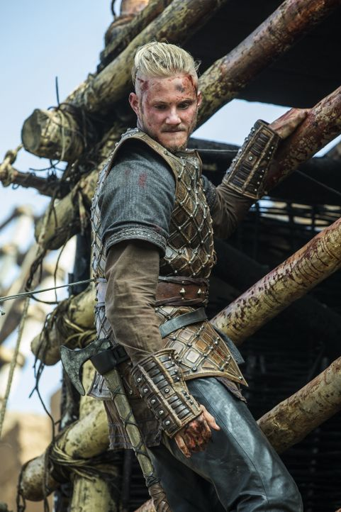 Die Schlacht gegen Paris beginnt. Mit so einem massiven Widerstand haben Bjorn (Alexander Ludwig) und die andern nicht gerechnet. Können sie Paris t... - Bildquelle: 2015 TM PRODUCTIONS LIMITED / T5 VIKINGS III PRODUCTIONS INC. ALL RIGHTS RESERVED.