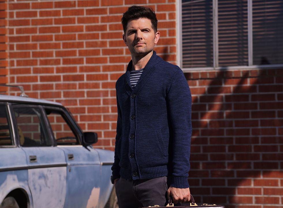 Leroy offenbart Max (Adam Scott) ein Geheimnis, dass dessen Abend ruinieren könnte ... - Bildquelle: 2017 Fox and its related entities. All rights reserved.