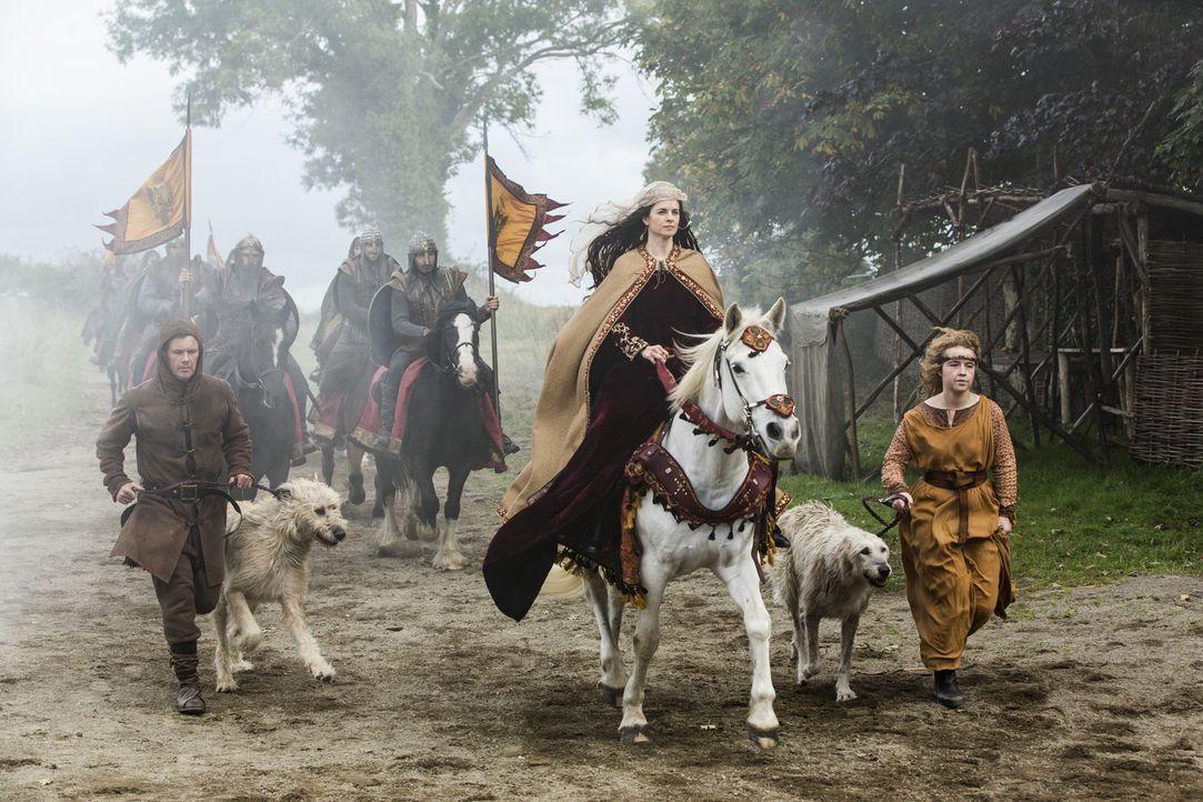Eine neue Allianz bahnt sich an: Prinzessin Kwenthrith (Amy Bailey, M.) und König Ecbert ... - Bildquelle: 2014 TM TELEVISION PRODUCTIONS LIMITED/T5 VIKINGS PRODUCTIONS INC. ALL RIGHTS RESERVED.
