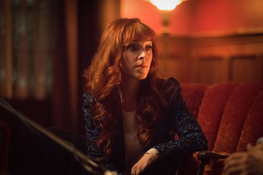 Rowena (Ruth Connell) - Bildquelle: Dean Buscher 2016 The CW Network, LLC. All Rights Reserved/Dean Buscher