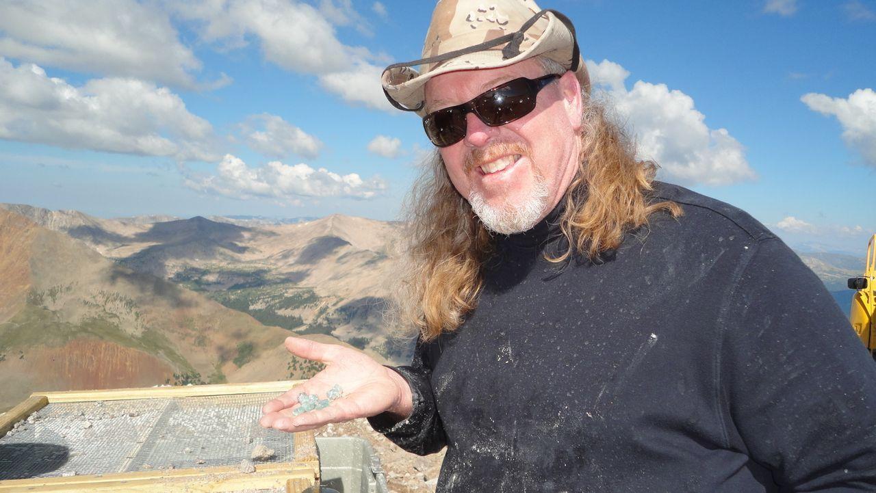 Craig (Bild) würde für den großen Fund alles geben, doch als sein Leben und das von Tracie und Bill in Gefahr geraten, muss er eine Entscheidung tre... - Bildquelle: High Noon Entertainment 2014