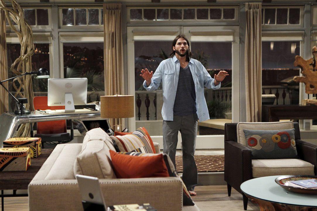 Hat eine ganz besondere Überraschung für Alan: Walden (Ashton Kutcher) ... - Bildquelle: Warner Brothers Entertainment Inc.