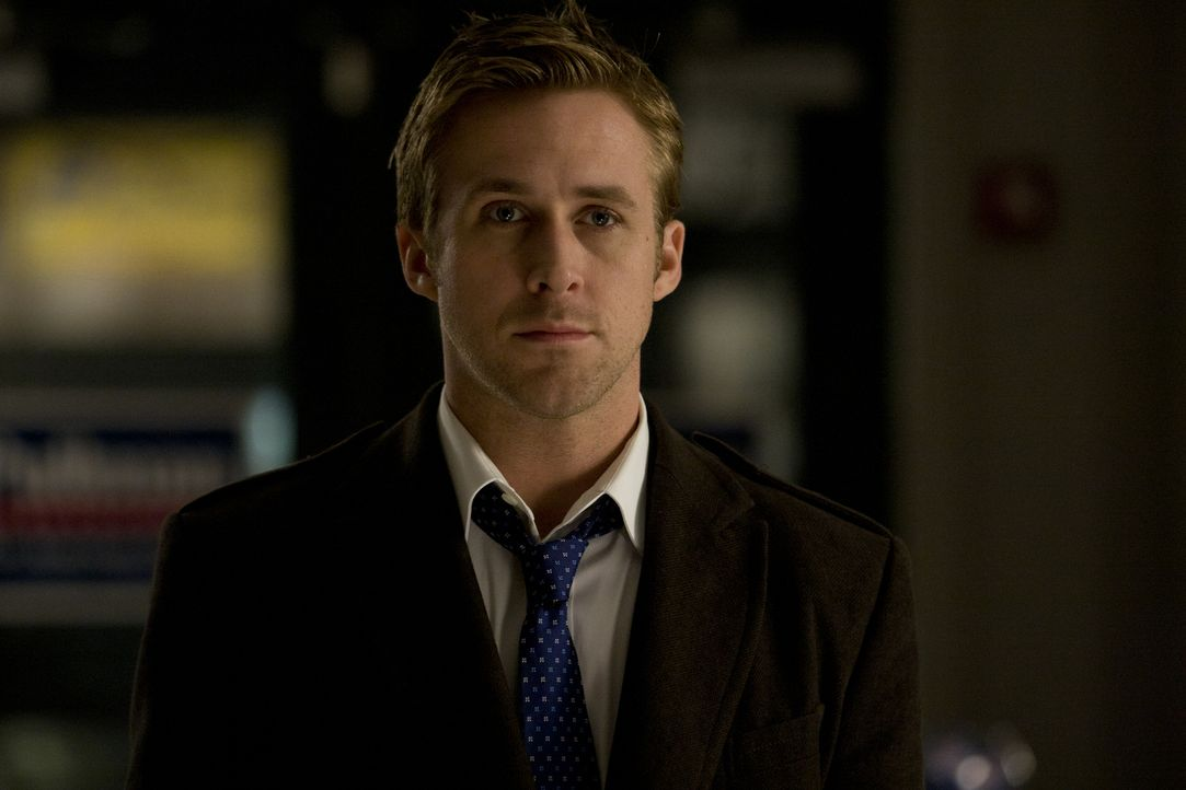 Bereits mit Anfang 30 ist Stephen Meyers (Ryan Gosling) stellvertretender Wahlkampfmanager des demokratischen Präsidentschaftskandidaten Mike Morris... - Bildquelle: Saeed Adyani 2011 IDES FILM HOLDINGS, LLC. ALL RIGHTS RESERVED.