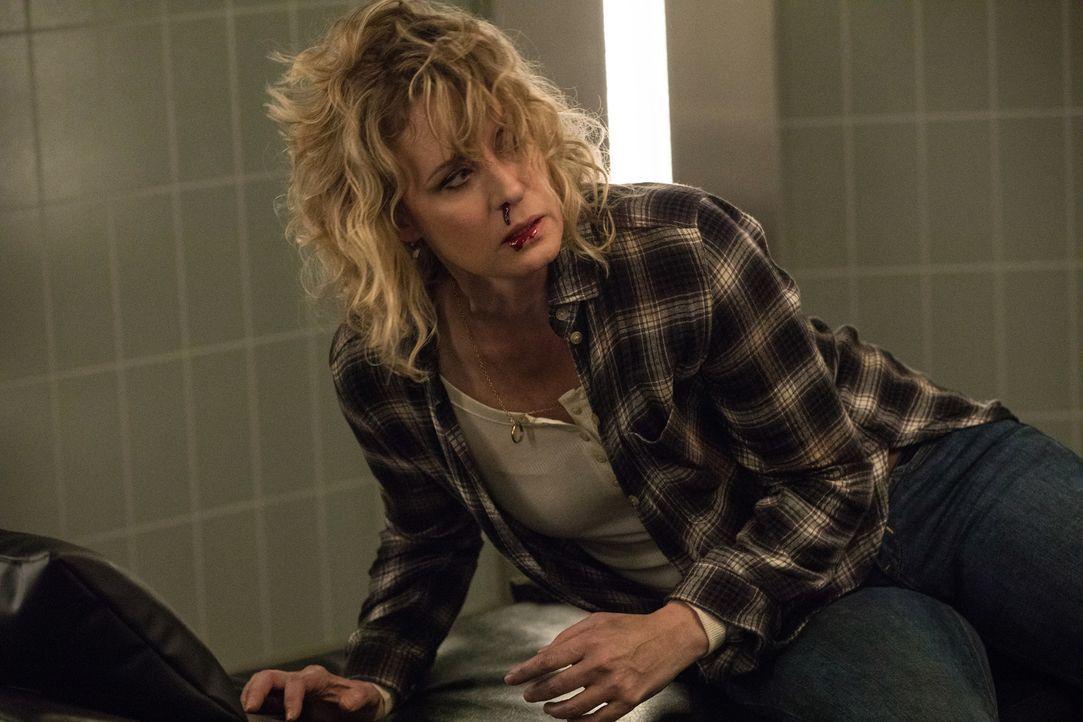 Mary (Samantha Smith) - Bildquelle: Jack Rowand 2016 The CW Network, LLC. All Rights Reserved/Jack Rowand