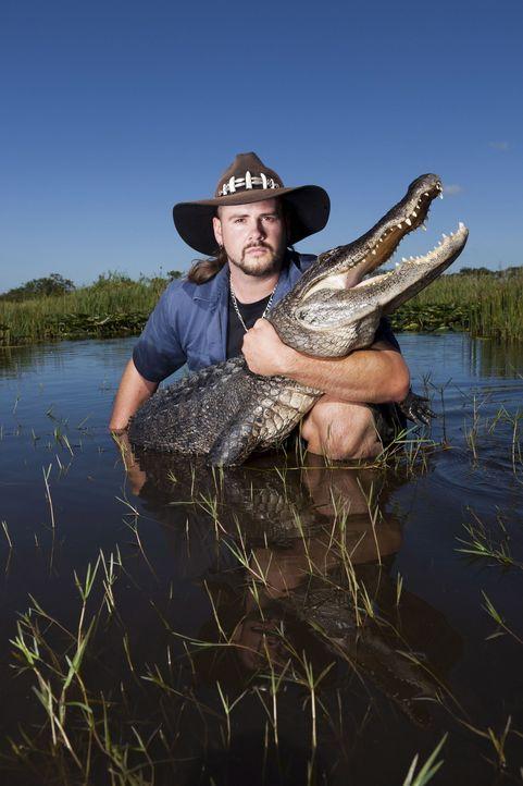 (1. Staffel) - Gator Boy Jimmy Riffle kümmert sich um Krokodile, die sich an ungewöhnliche Orte verirrt haben und um deren Schutz vor Wilderern ... - Bildquelle: Bob Croslin 2011 Discovery Communications