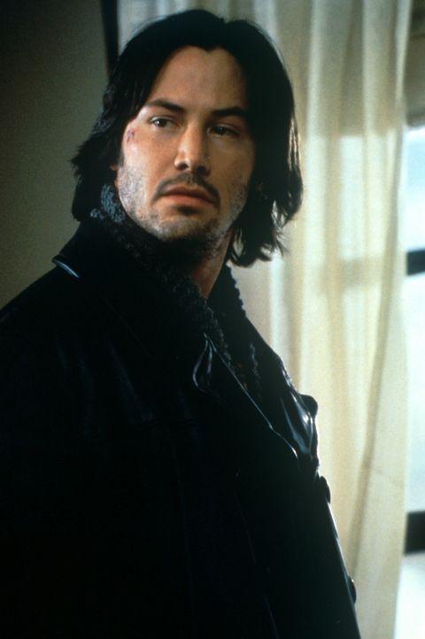 Eigentlich ist Eddie Kasalivich (Keanu Reeves) nur an Energiegewinnung interessiert. Doch als einer seiner Professoren ermordet wird, muss Eddie im...