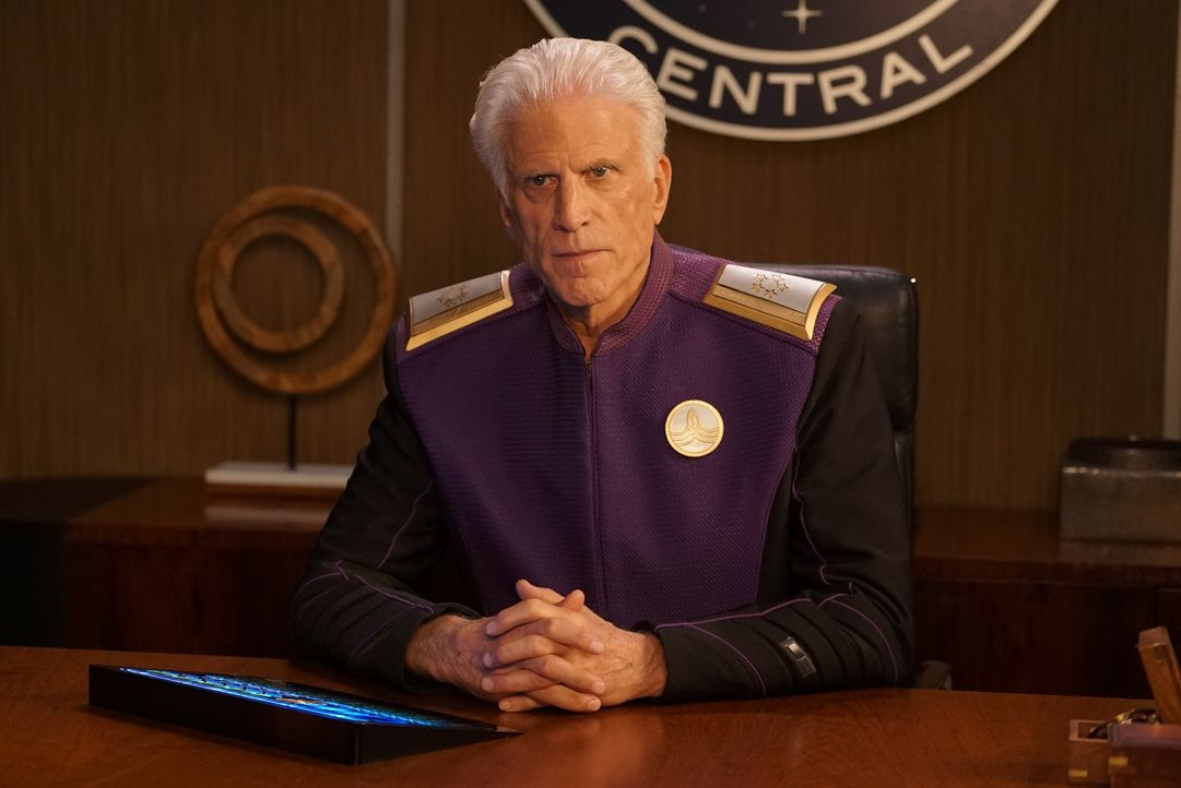 Admiral Perry (Ted Danson) - Bildquelle: Kevin Estrada 2019 Twentieth Century Fox Film Corporation. All rights reserved. / Kevin Estrada