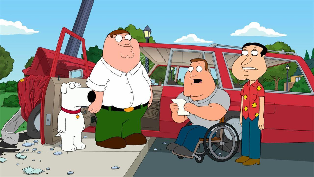 Peter (2.v.l.), Brian (l.), Quagmire (r.) und Joe (2.v.r.) wundern sich, warum sie die einzigen Menschen auf der Welt sind ... - Bildquelle: 2011 Twentieth Century Fox Film Corporation. All rights reserved.