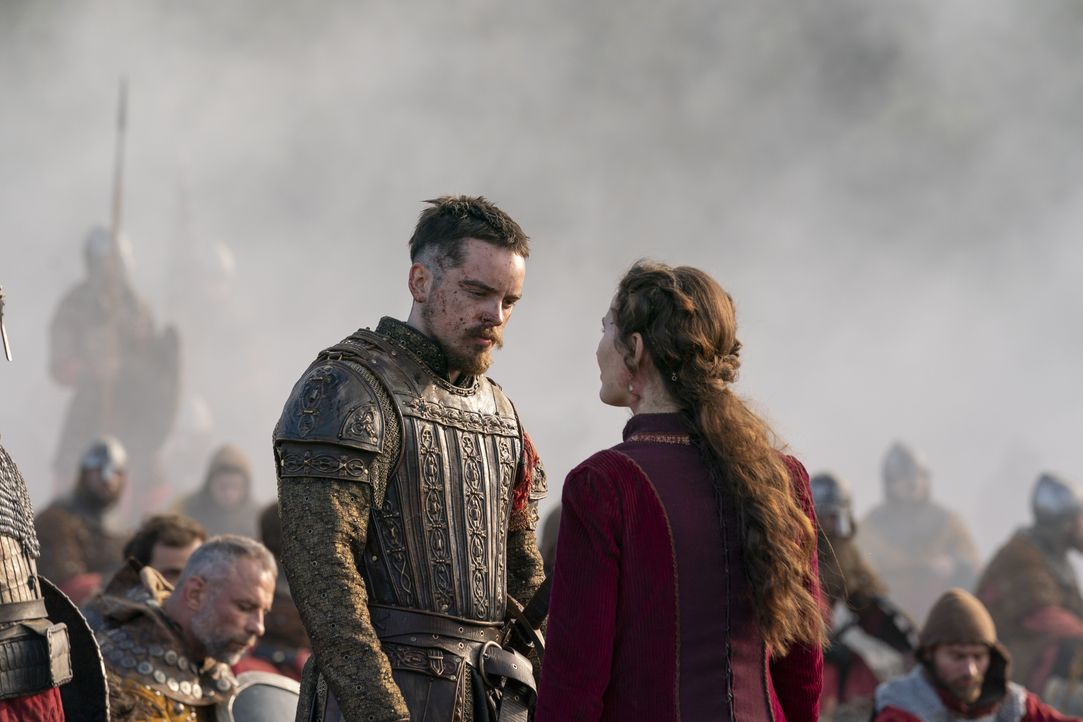 Alfred (Ferdia Walsh-Peelo, l.); Elsewith (Róisín Murphy, r.) - Bildquelle: 2020 TM Productions Limited / T5 Vikings IV Productions Inc. All Rights Reserved. An Ireland-Canada Co-Production.