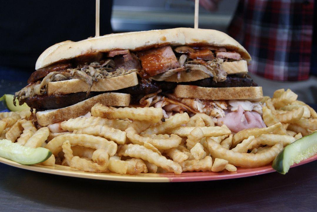 Das dreistöckige Barbecue-Sandwich in Kansas City - Bildquelle: 2009, The Travel Channel, L.L.C./Sharp Entertainment