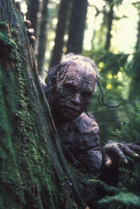Der Motten-Mensch kann sich wie ein Chamäleon perfekt an die Umgebung anpassen, wobei er für das menschliche Auge unsichtbar ist. - Bildquelle: TM +   2000 Twentieth Century Fox Film Corporation. All Rights Reserved.
