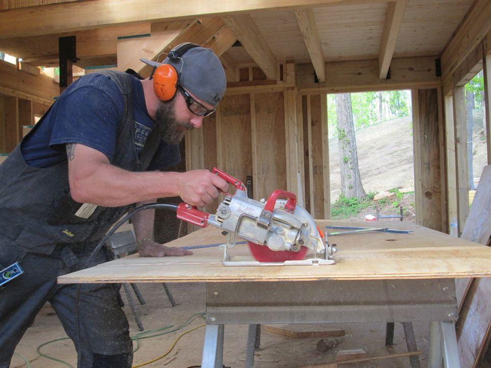 Treehouse Guy Ka-V (Bild) liebt es durchs Land zu reisen und maßgeschneiderte Baumhäuser für Familien, Naturliebhaber und Träumer zu erschaffen. Die... - Bildquelle: 2016,DIY Network/Scripps Networks, LLC. All Rights Reserved.