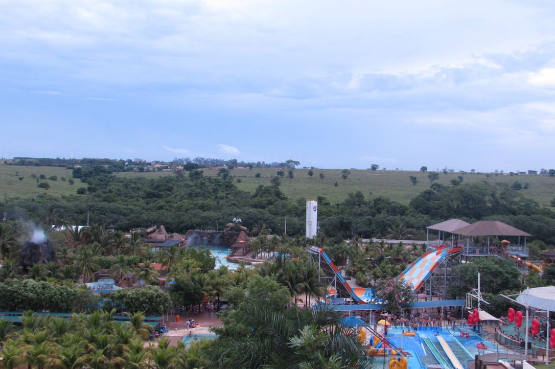 Weit über die Grenze Brasiliens bekannt: der Wasserpark Thermas dos Laranjais ... - Bildquelle: 2016, The Travel Channel, L.L.C. All Rights Reserved.