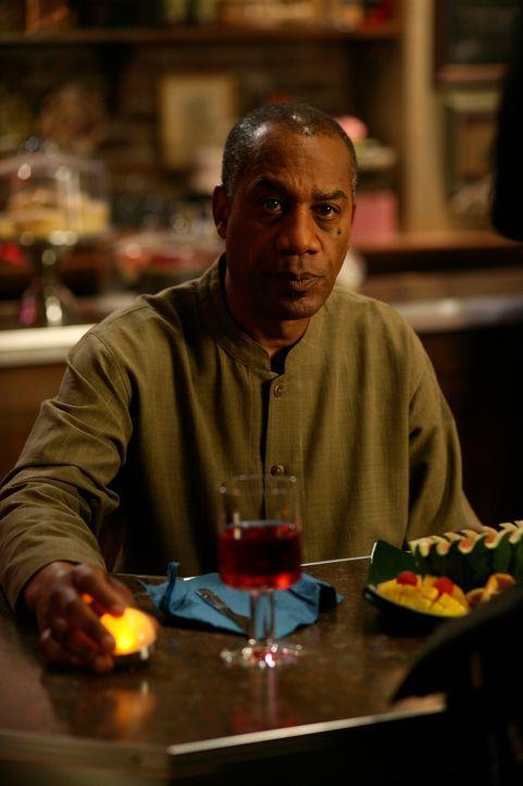 Ist Henry (Joe Morton) von dem Gedächtnisverlust betroffen? - Bildquelle: Universal Television