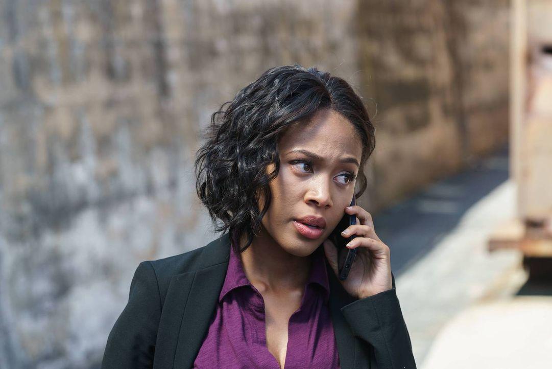 Der Anruf eines alten Bekannten macht Abbie (Nicole Beharie) bewusst, dass sie nie ein einigermaßen normales Leben als FBI Agentin führen wird ... - Bildquelle: 2015-2016 Fox and its related entities.  All rights reserved.
