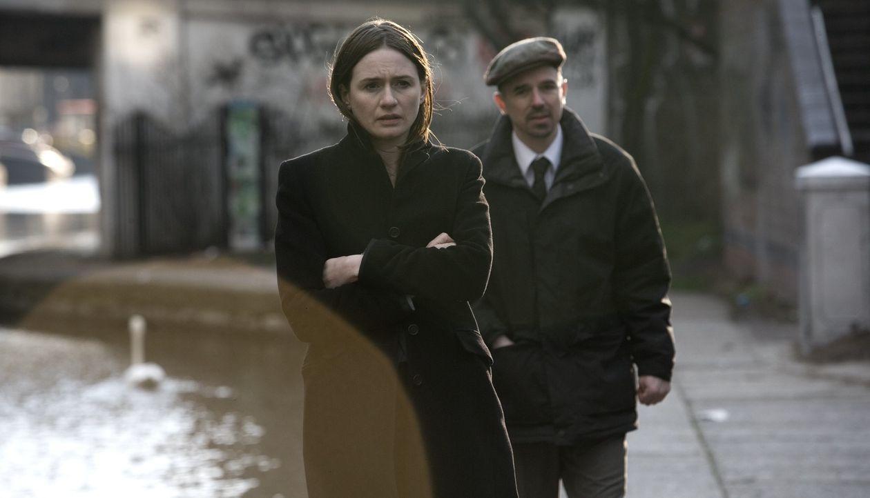 Sucht einen eiskalten Racheengel: Detective Alice Frampton (Emily Mortimer, l.) ... - Bildquelle: Ascot Elite Home Entertainment GmbH