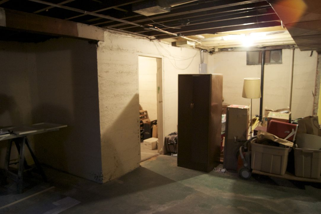 Ein Paar aus Portland möchte seinen Keller endlich ausbauen und den Platz sinnvoll nutzen, denn aktuell werden dort nur Dinge aufbewahrt. Jetzt soll... - Bildquelle: 2009, DIY Network/Scripps Networks, LLC