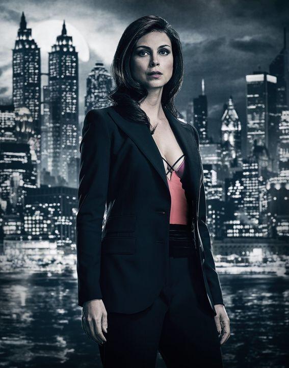 (4. Staffel) - Wird Leslie (Morena Baccarin) in den Kampf um Gotham City hineingezogen? - Bildquelle: 2017 Warner Bros.