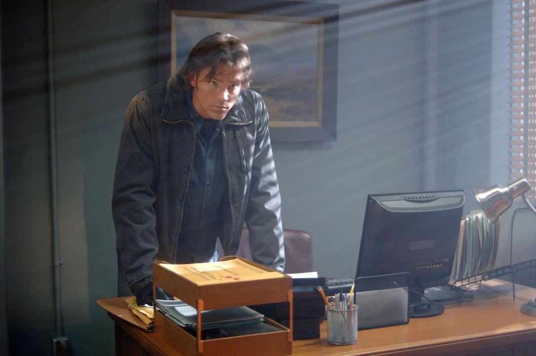 Sam (Jared Padalecki) macht sich auf den Weg, Geister und Monster aufspüren, um deren übernatürliche Kräfte auszulöschen ... - Bildquelle: Warner Bros. Television