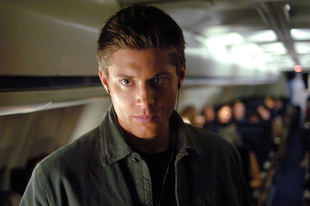 Versucht den mysteriösen Phantom Reisenden unschädlich zu machen: Dean (Jensen Ackles) ... - Bildquelle: Warner Bros. Television