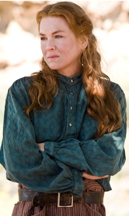 """Als alleinstehende Frau, hat Allison (Renée Zellweger) oft mit Vorurteilen zu kämpfen. Bis sie sich dem männlichen """"Leitwolf"""" an den Hals schmeißt.... - Bildquelle: Warner Bros."""