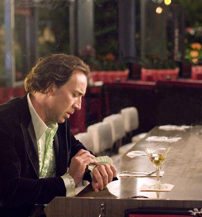 Cris Johnson (Nicolas Cage) hat einen besonderen sechsten Sinn: Er kann in die Zukunft blicken. Allerdings nur einige Minuten. Diese außergewöhnlich... - Bildquelle: t   2007 Paramount pictures. All Rights Reserved.