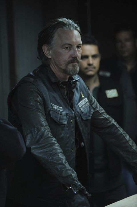 Ahnt Chibs (Tommy Flanagan), dass Juice sie alle in Gefahr bringen wird? - Bildquelle: 2011 Twentieth Century Fox Film Corporation and Bluebush Productions, LLC. All rights reserved.